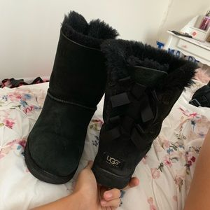 Bailey bow ugg boots and ugg sheepskin care kit